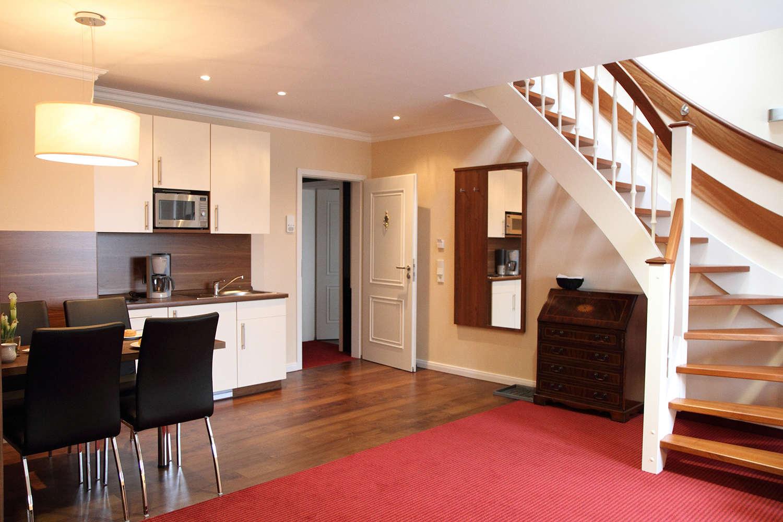 maisonette apartments seebeck villa bremerhaven. Black Bedroom Furniture Sets. Home Design Ideas